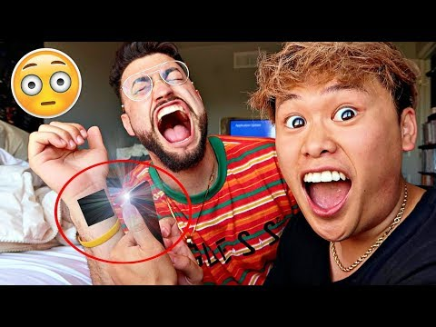 iPhone Tricks You Didn't Know Existed! - Use Flash To Shock Your Friends