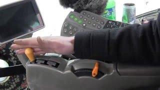 Ознайомлення з органами управління трактора John Deere 8430