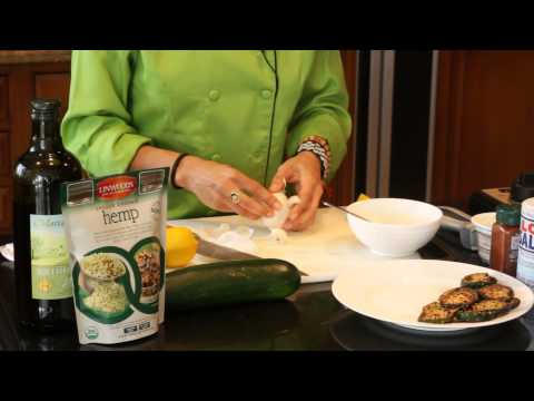 Video A Healthy, Creamy Garlic Dipping Sauce for Zucchini : Healthy & Delicious Food