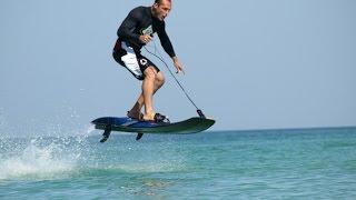 preview picture of video 'גלשן ים עם מנוע Jet surf powerboard  - הפתעה מדהימה בחוף הים הנתניה.....תראו את זה בפעולה....!'