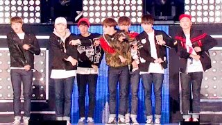 Gambar cover 《POWERFUL》 방탄소년단(BTS) - 쩔어(DOPE) @인기가요 Inkigayo 20151101