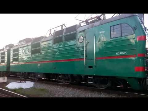 Электровоз ВЛ82м-067 с поездом Днепропетровск - Полтава