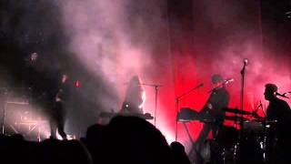 Beach House - Wishes (Live) 12/9/2015 at the Fonda Theatre