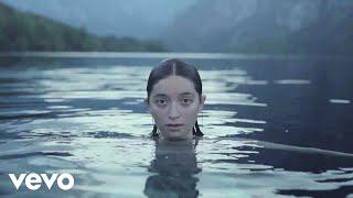 Musik-Video-Miniaturansicht zu S teboi Songtext von Zala Kralj & Gašper Šantl