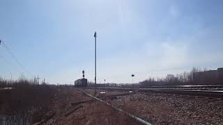 Тепловоз 2ТЭ10М-3005 выполняет манёвры на станции Архангельск