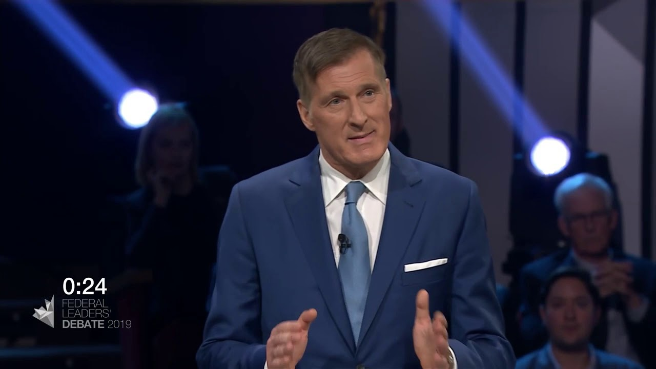 Maxime Bernier answers a question about income inequality and affordability