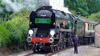 """A Ride Behind No.35028 """"CLAN LINE"""" 