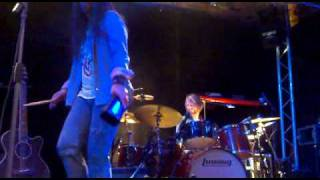 Funk 49 Ultimate Eagles Live 30th April 2011 Southampton  The Brook.mp4