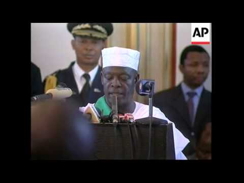 WRAP Liberian president leaves power and goes into exile