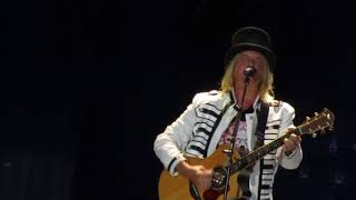 Def leppard two steps behind. Mother of all, Monterrey 2017