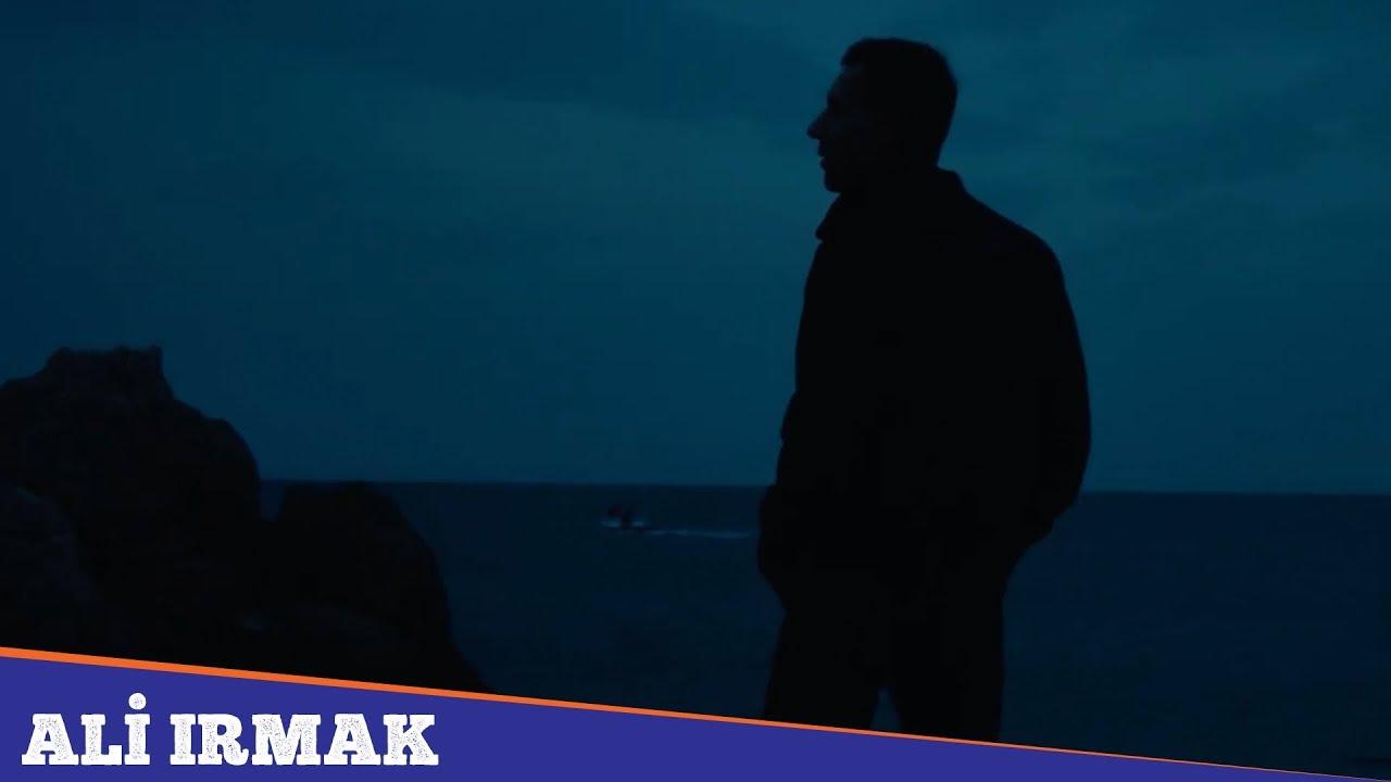 Ali Irmak – Gelmeyin Üstüme Şarkı Sözleri