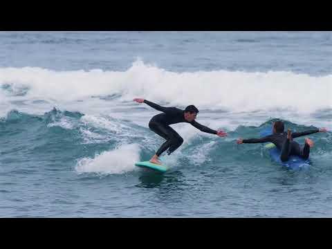 Nenusibostantis gyvenimas ant bangų | sweety.lt - Banglenčių mokslininko svorio metimas