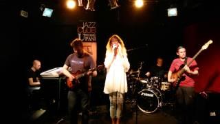 Video Inversion - Lullaby (live) s upoutávkou na konci :)