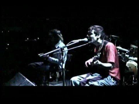 Carajo - Triste (Version Electrorroto)