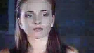 Анна Снаткина, Женя слышит свою песню, она в шоке