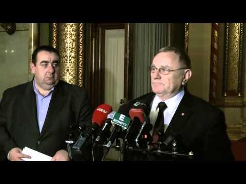 Elkezdődött a Fidesz-kormány kétharmadának lebontása