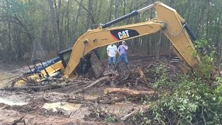 Stuck Trackhoe Excavator Buried Rental Disaster Caterpillar Part 1…