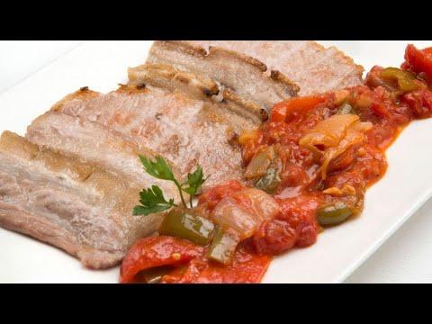 Receta de Panceta y lomo con piperrada - Karlos Arguiñano