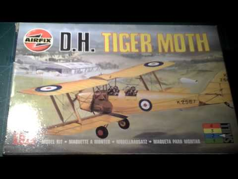 Airfix D.H Tiger Moth inbox review