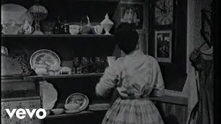 Patsy Cline Walkin' After Midnight