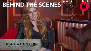 Shadowhunters | Emeraude Toubia And Katherine McNamara Talk About Izzy
