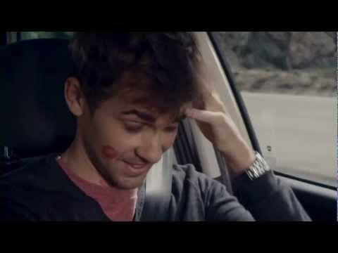 Fiat Commercial for Fiat 500L (2013) (Television Commercial)