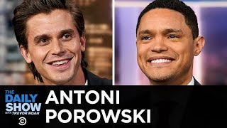 """Antoni Porowski - Celebrating Food as a Love Language with """"Antoni in the Kitchen"""" 