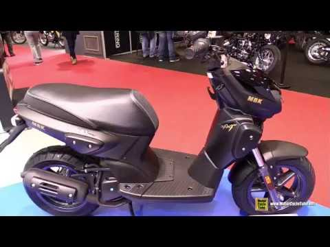 2016 MBK Stunt Naked 50 Scooter – Walkaround – 2015 Salon de la Moto Paris