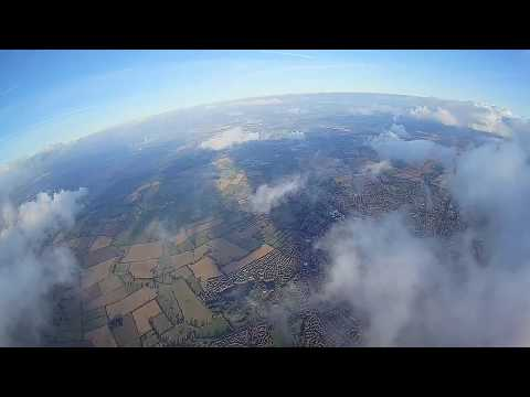 sonicmodell-skyhunter-787mm-long-range-2nd--attempt-to-go-above-clouds-success
