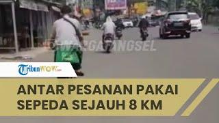 Motor Ditarik Leasing, Driver Ojol Ini Antar Pesanan Pelanggan dengan Mengayuh Sepeda Tempuh 8 Km