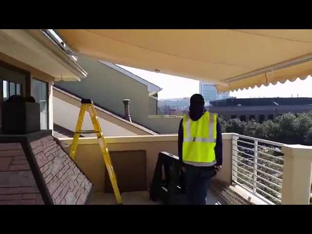 Dallas Highrise Retractable Awning