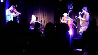 "Payazen!- ""Shaalosh Shaalosh Shtaayim Shtaayim"" Live @ Shablul Jazz Club, Tel Aviv- Full Song"