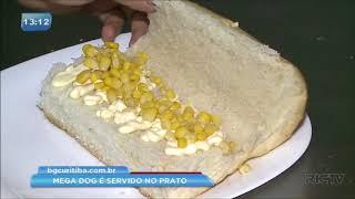 O que tem no seu hot dog: confira um cachorro-quente que é servido no prato e pode ser dividido