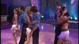 Martina McBride Sings On Dancing With The Stars - October 2006
