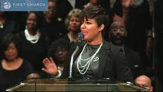 "I Shall Wear A Crown | Yolanda DeBerry | First Church ""The City"" 