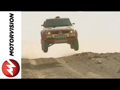 Mitsubishi Pajero Off-Road Race Truck