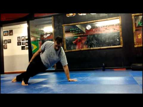 How to Perform the Lizard Crawl