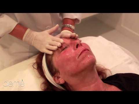 Mask ng luwad at essential oils ng grapefruit