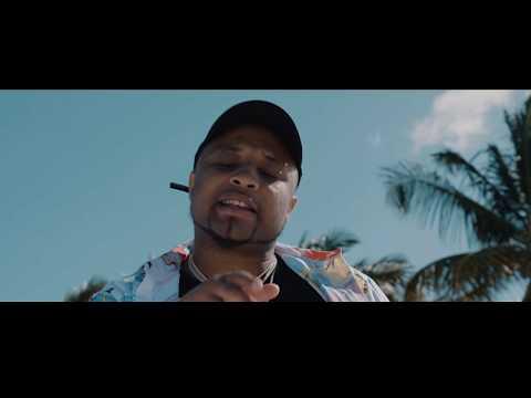 B-Red ft. Davido – Achie