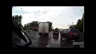Это Русские дороги детка ! (лучшие приколы авто, веселые видео, юмор, смех, угар)