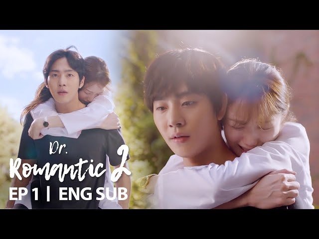 Lee Sung Kyung Falls in Front of Ahn Hyo Seop [Dr. Romantic 2 Ep 1]