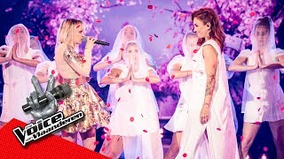 Natalia & Fee - 'God Is A Woman' | Liveshows | The Voice Van Vlaanderen | VTM