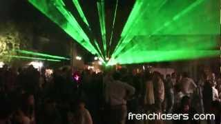 preview picture of video 'Show laser - 14 juillet 2012 - Café du centre - Le blanc'