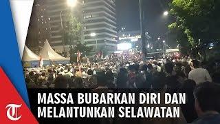 Bubarkan Diri dengan Sholawatan, Massa Demonstran akan Kembali Sambangi Bawaslu Besok Siang