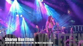 Sharon Van Etten   No One's Easy To Love   2019 07 04   Roskilde Festival, DK