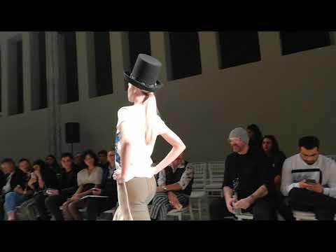 Българка разходи модели в Седмицата на модата в Гърция (ВИДЕО)