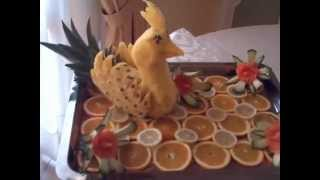 preview picture of video 'Tỉa hoa quả trên dưa hấu 1 - Tổ chức sự kiện 0979615688.FLV'