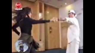 تحميل و مشاهدة جديد الفنان كاظم الساهر 2013 لعب بيهم لعب~1.mp4 MP3