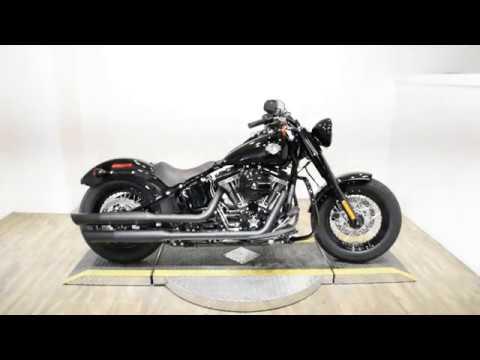 2017 Harley-Davidson Softail Slim® S in Wauconda, Illinois - Video 1