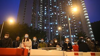 video: 'Wuhan, you can do it!' - residents stay positive while on lockdown in Wuhan